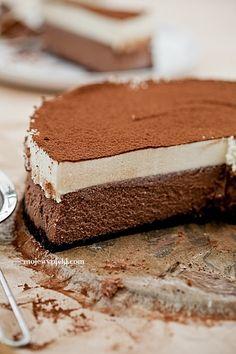 Schokolade Käsekuchen mit weißer Schokoladenmousse