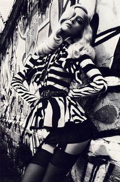 Dior - black & white ART