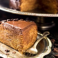 BAILEYS Chocolate Crepe Cake - A show-stopping dessert that is A LOT easier than you think! | Foodfaithfitness.com | #cake #dessert #recipe