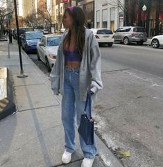 Cute aesthetic trendy outfit with mom jeans Vintage Outfits, Retro Outfits, Cute Casual Outfits, Fall Outfits, 80s Inspired Outfits, Edgy Outfits, Swag Outfits, Fashion Vintage, Vintage Clothing
