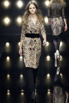 Alessandro Dell'Acqua Fall 2006 Ready-to-Wear Fashion Show Fashion Tag, Fashion Show, Leopard Outfits, Leopard Clothes, Peplum Dress, Sequin Skirt, Freja Beha Erichsen, Damien Hirst, Vivienne Westwood Anglomania
