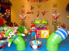 Super Mario Party | CatchMyParty.com Super Mario Birthday, Super Mario Party, Wii Party, Party Games, Super Mario Brothers, Super Mario Bros, Mario Wii, Baby Showers, Leo