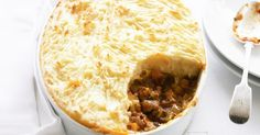 For the love of lentils! Eleven Delicious Lentil Recipes Here's a lovely twist on Shepherd's pie: Lentil and Vegetable Cottage Pie via Taste Lentil Recipes, Pie Recipes, Vegetarian Recipes, Cooking Recipes, Vegetarian Dinners, Cottage Pie, How To Cook Potatoes, Vegan Dishes, Gastronomia