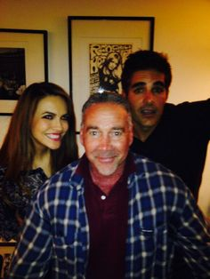"""@MichaelFairman jumped into the fray with @Galen Gering @Chrishell7 holidays are upon us! pic.twitter.com/y058u6xbdh"""" You're the best! Xo"""