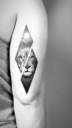 Lion tattoo lion tattoo # # # Tattoo for Men # for men ✌ Wolf Tattoos, Hand Tattoos, Lion Head Tattoos, Animal Tattoos, Cute Tattoos, Body Art Tattoos, Girl Tattoos, Small Tattoos, Tattoos For Guys