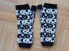 Fingerless mittens knitting PATTERN  by CuteCreationsByLea on Etsy