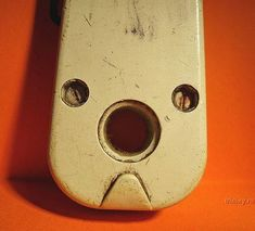 I See Faces Everywhere (20 pics)