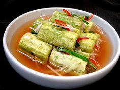 아삭아삭션한~! 오이물김치 – 레시피 | 다음 요리 Korean Kimchi, K Food, Asian Recipes, Ethnic Recipes, Just Cooking, Korean Food, Food Plating, Food To Make, Food Photography