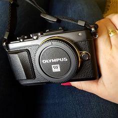 Headset, Headphones, London, Instagram Posts, Bags, Travel, Handbags, Headpieces, Headpieces