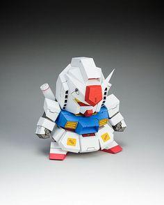 ガンダムを5センチほどにデフォルメした自作可能なペーパークラフト「5cm Gundam V2」 - GIGAZINE