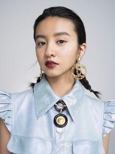 Kōki, とシャネルの「ルージュ ココ フラッシュ」最終回 Asian Love, Dress Indian Style, Hair Images, Asian Woman, Indian Fashion, Character Inspiration, Eye Makeup, Make Up, Chanel