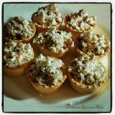 Tartaletas de queso y nueces http://endocrinoynutricion.files.wordpress.com/2013/02/tartaletas-de-queso-y-nueces.png