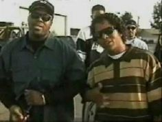 BG Knocc Out - Dat's How I'm Livin' - YouTube Wayfarer, Ray Bans, Mens Sunglasses, City, Youtube, Style, Fashion, Swag, Moda