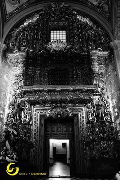 Interior Iglesia Santa Clara, Querétaro, México