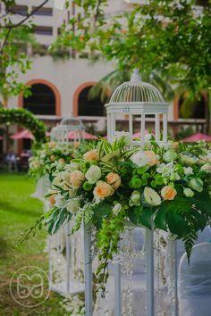 Casa Amore Wedding Studio | www.casa-amore.my | #garden #weddings #decoration #penang #parkroyal #walkway #flower