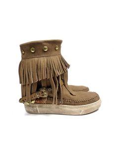 Karma of Charme GiveAway boots - lever / taupe vind je bij Emmen schoenen de (online) winkel voor mooie schoenen
