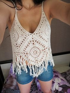 Ravelry: elimasmx 's Fringe Top - Trend Kleidung Bikini Crochet, Crochet Crop Top, Crochet Blouse, Knit Crochet, White Crochet Top, Crochet Summer Tops, Ravelry, Crochet Hippie, Mode Crochet