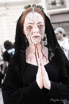 Zombie Walk - 2009 | by Maleao | Nun zombie dress up costume for a zombie walk, make-up inspiration for Halloween
