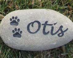 Personalized Pet Memorial Stones for Dogs or Cats Grave Stone