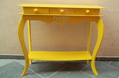 tinta automotiva laka amarelo, madeira em mdf R$ 245,00