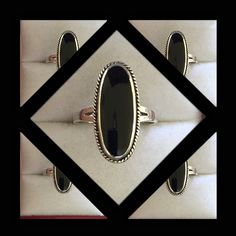 Sterling Silver Oval Onyx Ring ⚫️Beautiful condition⚫️Genuine Onyx⚫️Genuine Sterling Silver⚫️Hallmarked 925 SU⚫️Size 7.75⚫️ Vintage Jewelry Rings