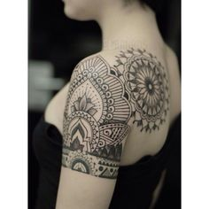 Beautiful arm and back tattoo by El Bernardes