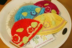 Hauberl in verschiedenen Farben. Mehr Infos unter www.kids-first.at