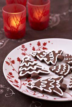 Chocolate Christmas cookies - Ôdélices recipes - biscuit de noël en inter g Chocolate Chip Cookies, Chocolate Christmas Cookies, Easy Christmas Cookie Recipes, Best Christmas Cookies, Mousse, Muffin, Banana Chips, Gluten Free Cookies, Biscuit Recipe