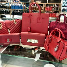 Are you a fan of RED? These are all calling out your name! Get 'em now from #TheGreatReebonzSale at up to 70% off and additional 5-7% off with Citibank Cards. See you at Reebonz SPACE, Clifford Centre #07-07! 12 Jun (12-8pm) & 13 Jun (11-6pm). More info at <go.reebonz.com/grs2>. xxBecs  #ReebonzSG #ReebonzSPACE #OfflineSale #GreatSingaporeSale #GSS #YSL #SaintLaurent #SalvatoreFerragamo #Ferragamo #AlexanderMcQueen #Givenchy #Fendi #Red #OneTeamSG