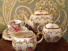 Beautiful vintage china : Wedding Celebration