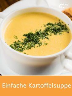 Das Rezept für eine cremige Kartoffelsuppe ist der Hit in der Küche: Einfach, .The recipe for a creamy potato soup is a hit in the kitchen: simple, quick and inexpensive is a filling dish conjured up. Potato Recipes, Soup Recipes, Snack Recipes, Dinner Recipes, Cream Recipes, Low Carb Recipes, Healthy Recipes, Vegetarian Recipes, Creamy Potato Soup