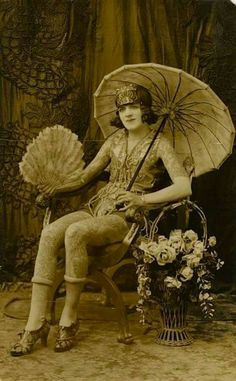 Trixie Richardson, tattooed by Chas. collection of The Barnum. Antique Photos, Vintage Pictures, Old Pictures, Old Photos, Old Tattoos, Vintage Tattoos, Tatoos, Historical Tattoos, Victorian Tattoo