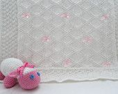 Baby blanket with little bows