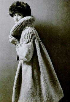 1958 Pierre Cardin