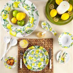 Limonata Ruffled Dinner Plates
