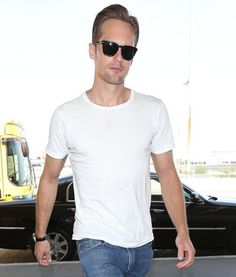 Nothing hotter than a guy in a plain white tee! Hot Guys In Plain White Ts- Alexander Skarsgard: who cares if it has bloodstains on it?