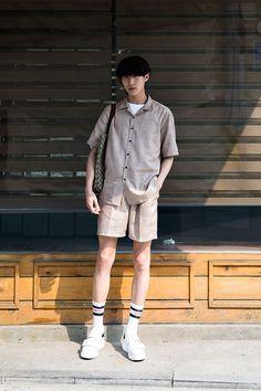 Takumi Street Fashion 2017 in Seoul Korean Street Fashion, Korean Fashion Online, Seoul Fashion, Korean Fashion Trends, Korea Fashion, Fashion 2017, Korean Male Fashion, Fashion Styles, Japan Fashion
