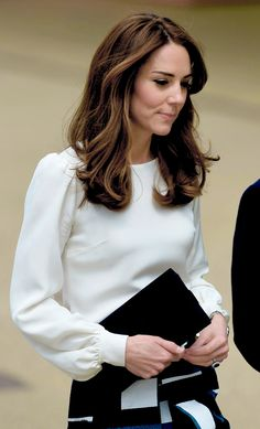 Kate Middleton Photos - Catherine, Duchess of Cambridge attends the launch of Heads Together Campaign at Olympic Park on May 2016 in London, England. - The Duke and Duchess of Cambridge and Prince Harry Attend the Launch of Heads Together Campaign Kate Middleton Outfits, Middleton Family, Kate Middleton Photos, Kate Middleton Style, Pippa Middleton, Kate And Pippa, Kate And Meghan, Duchess Kate, Duke And Duchess