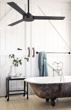 THis silvered tub is so glamorous bathroom style. The Minka Aire Roto ceiling fan is a streamline, sleek and contemporary fan with an industrial twist. Functional and unique in design with impressive Modern Farmhouse Bathroom, White Farmhouse, Industrial Ceiling Fan, Industrial Fan, Living Room Ceiling Fan, Bedroom Ceiling Fans, Interior Exterior, Interior Design, Arquitetura