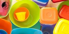 9 Rules for Not Ruining Your Plastic Food Containers Plastic Food Containers, Food Storage Containers, Small Space Storage, Cheap Carpet Runners, Yard Design, Good Housekeeping, Furniture Making, Cleaning Hacks, Kitchen Decor