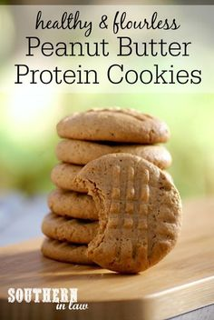 Flourless Peanut But Flourless Peanut Butter Protein Cookies Recipe low fat gluten free high protein low carb flourless healthy clean eating Protein Desserts, Healthy Protein Snacks, High Protein Recipes, Healthy Sweets, Protein Foods, Healthy Eating, Healthy Recipes, Protein Bars, Protein Muffins