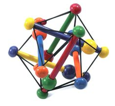 Manhattan Toy Skwish Classique: Notre Skwish Classic fascine les bébés avec son assemblage de petits bâtons, cordons et perles. Les bébés…