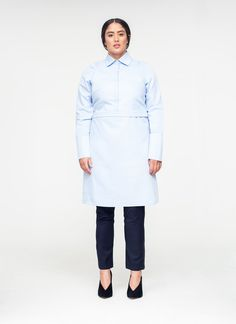 Find out about the best plus-size and inclusive-size clothing brands that are making minimalist, fashionable, and high-quality clothes. Wrap Shirt, Shirt Cuff, Affordable Plus Size Clothing, Plus Size Brands, Scandinavian Fashion, Professional Wear, Crop Blouse, Minimalist Fashion, Minimalist Style
