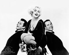"""Still of Marilyn Monroe, Tony Curtis and Jack Lemmon in  """"Some Like It Hot"""""""