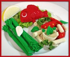 Felt Play Food - Red Fish - Waldorf Inspired Kitchen Accessory for Imaginative Play