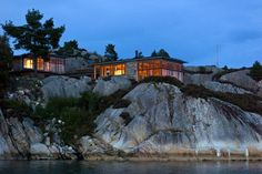 Norwegian cabin (photo: Helge Eek)