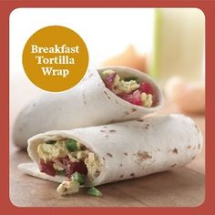 breakfast tortilla wrap Recipe Turkey bacon, refrigerated egg product, and a whole wheat tortilla make for an extra-lean, extra-delicious breakfast sandwich.- the egg! Healthy Dinner Recipes, Healthy Snacks, Healthy Eating, Cooking Recipes, Bacon Recipes, Egg Recipes, Breakfast Tortilla, Breakfast Recipes, Bacon Breakfast