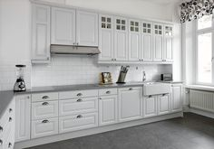 Bildresultat för vitt kök med grå bänkskiva
