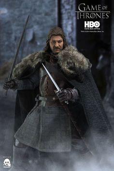 Game of Thrones Figur 1/6 Eddard Stark 32 cm   Zur erfolgreichen TV-Serie ´Game of Thrones´ erscheint diese tolle Figur von Eddard Stark. Sie ist ca. 32 cm groß, trägt echte Stoffkleidung und wird mit weiterem Zubehör geliefert.   Erscheint voraussichtlich  04/2015 Vorbestellung -Preorder - Preis - Game of Thrones Figuren - Hadesflamme - Merchandise - Onlineshop für alles was das (Fan) Herz begehrt!