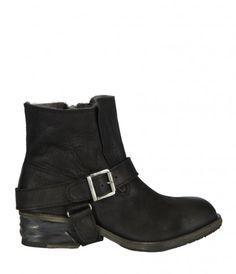 Jules Shearling Boot
